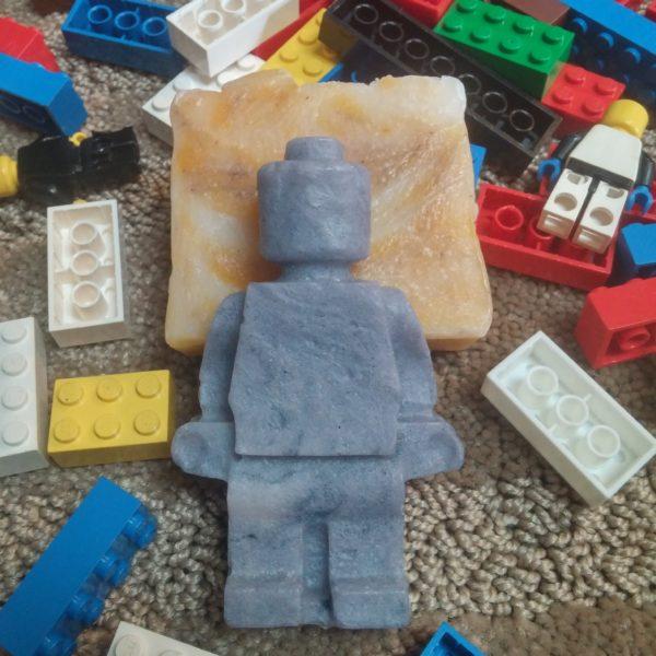 Wee Earth - Lego Robot - SOS